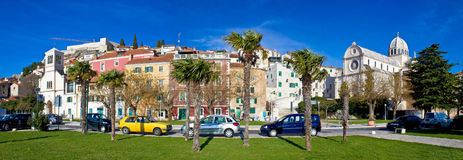 Town av Sibenik den färgrika panoramat Arkivbild