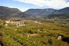 Town av Trentino Arkivbilder