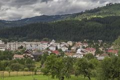 The town of Campulung-Moldovenesc after a day of rain, the sun a royalty free stock photos