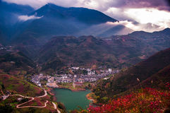 Town at edge of Yangtze river Royalty Free Stock Images