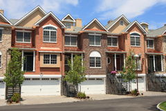 Town Houses. Row of new town homes waiting for occupancy Royalty Free Stock Photos