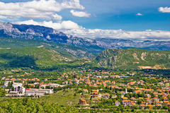 Town of Knin and Dinara mountain Stock Photo