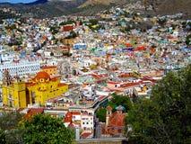 Town på kullen Arkivfoto
