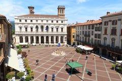 Town square Piazza Vecchia and palace Palazzo Nuovo in Bergamo, Citta Alta Stock Photos