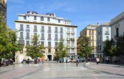 Townen kvadrerar fjädrar in Granada Royaltyfria Bilder