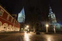 Townhall en st patroklidom meest soest Duitsland in de avond Stock Afbeeldingen