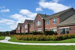 Townhomes di lusso suburbani Immagini Stock Libere da Diritti