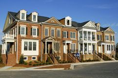 Townhomes luxuosos Imagens de Stock Royalty Free