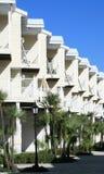 Townhomes modernos de los apartamentos Fotografía de archivo libre de regalías