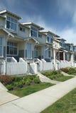 Townhomes suburbanos imagen de archivo