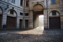 Townhouse med nyckeln i Mantua arkivbilder