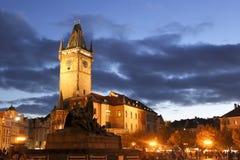 Townhouse na praça da cidade velha de Praga Imagem de Stock