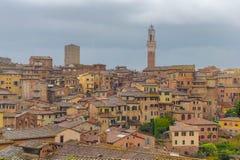 Townscape Сиены стоковые изображения rf