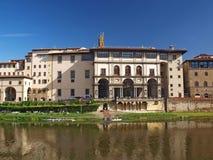 Townscape av Florence. Uffizi galleri Arkivfoto
