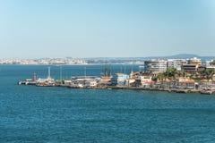 Townscape di Cacilhas, Portogallo Fotografia Stock Libera da Diritti