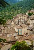 Townscape Scanno, tegelplattatak Royaltyfri Fotografi