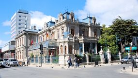 Townscape van Punta Arenas met monument Palacio Sara Braun, Chili Royalty-vrije Stock Foto's