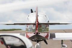 towplane avec commencer de planeur Photographie stock libre de droits