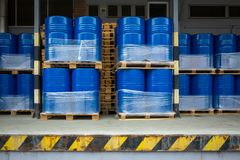 Free Toxic Waste/chemicals Stored In Barrels At A Plant Stock Photos - 140060713