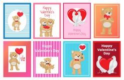 Toy Bears mou mignon et colombes blanches dans l'ensemble d'amour Photographie stock libre de droits