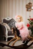 toy för pink för barnklänninghäst royaltyfria bilder