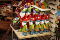 Toy Santa Claus nel deposito Fotografie Stock Libere da Diritti