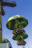 Toy Soldiers Parachute Drop arkivfoto