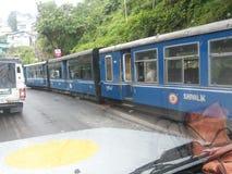 Toy Train i Darjeeling (Indien) Royaltyfri Foto