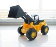 Toy Wheel Loader Close su Immagini Stock Libere da Diritti