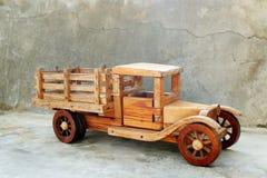 Toyen åker lastbil Arkivbilder