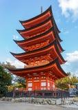 Toyokuni寺庙的五层塔在宫岛 免版税图库摄影