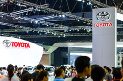 TOYOTA bås på den 35th Bangkok internationella motoriska showen Arkivbild