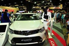 Toyota Camry en la exhibición durante el Singapur Motorshow 2016 Foto de archivo libre de regalías