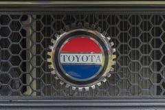 Toyota Celica emblem 1977 på skärm Royaltyfria Foton