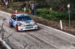 TOYOTA COROLLA WRC 1997 in oude raceauto verzamelt de LEGENDE 2017 royalty-vrije stock foto