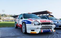 TOYOTA COROLLA WRC 1998 w starym bieżnego samochodu wiecu legenda 2017 obraz royalty free