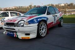 TOYOTA COROLLA WRC 1998 w starym bieżnego samochodu wiecu legenda 2017 obraz stock