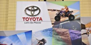 Toyota lässt gehen Platz-Zeichen Stockfoto