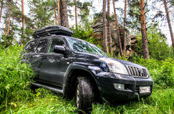 Toyota Land Cruiser Prado 120 Royalty Free Stock Photography