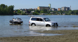 Toyota Land Cruiser in the river Stock Images