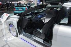 Toyota Mirai πίσω στη μελλοντική έκδοση στοκ φωτογραφία με δικαίωμα ελεύθερης χρήσης