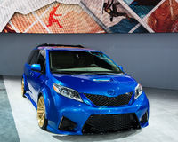 2017 Toyota-Oker Stock Afbeelding