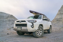 Toyota 4Runner SUV in Kansas badlands Stock Afbeelding