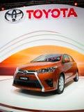 Toyota Yaris en la exhibición Foto de archivo
