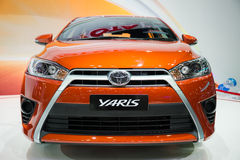 Toyota Yaris en la exhibición Imagen de archivo libre de regalías