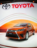 Toyota Yaris sur l'affichage Photo stock