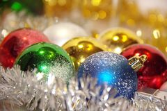 Toys för nytt år - färgrika bollar Royaltyfri Fotografi