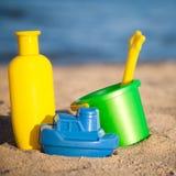 toys för strandbarn s Royaltyfri Bild