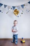 toys för studio för pojkebarn gulliga sköt Royaltyfria Bilder