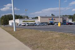 TOYS R US stores going out of business, Fayetteville, NC, USA - 11 April 2018. Toys R Us is going out of business and must liquidate everything Stock Photography